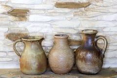 Vieux vases en céramique Photographie stock libre de droits