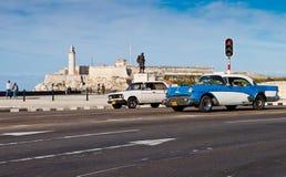 Vieux véhicule américain classique à La Havane Images libres de droits