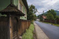 Vieux vilage dans le style architectural traditionnel roumain images libres de droits