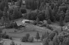 Vieux village dans les Alpes Image libre de droits