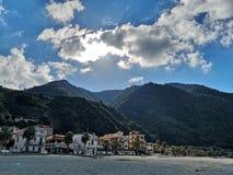 Vieux village de pêche de Scilla photographie stock