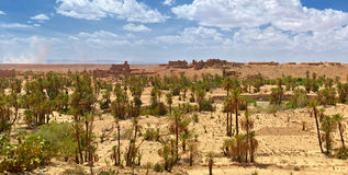 Vieux villages isolés de Morokko photos libres de droits