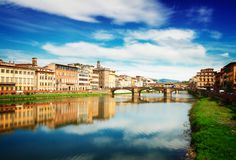 Vieux ville et fleuve Arno, Florence, Italie Photos libres de droits