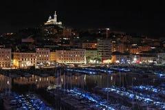 Vieuxhaven van Marseille bij nacht royalty-vrije stock afbeelding