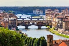 Viev av Ponten Vecchio i Florence på Juli 16, 2017 Florence Royaltyfri Fotografi