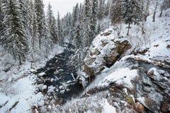 Viev von der Spitze des Wasserfalls Stockfotos