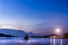 View湖宋卡在晚上 库存图片