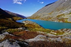 Landscape with a mountain lake in the end of summer. royalty free stock photos