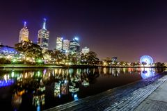 A view across the Yarra river atthe landmark of Melbourne Royalty Free Stock Photo