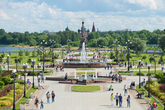 View of the alley of fountains and the monument in honor of the 1000th anniversary of Yaroslavl on the Strelka of the rivers Volga Stock Photography