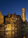 View of the Belfort and one of the canals of Bruges at night (Be Royalty Free Stock Photos