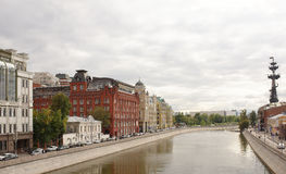 View of the Bolotnaya and Yakimanskaya embankments Royalty Free Stock Images