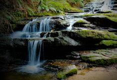 Flowing falls Royalty Free Stock Photo