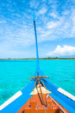 View from the bow of Maldivian wooden dhoni boat o Stock Photography