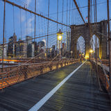 View on Brooklyn Bridge by night Stock Photos