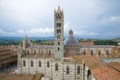 View of the Cattedrale di Santa Maria Assuntaon a cloudy day. Siena, Italy. View of the Cattedrale di Santa Maria Assuntaon a cloudy day. Siena. Italy Royalty Free Stock Photos