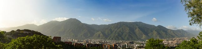 View of the city of Caracas and its iconic mountain el Avila or Waraira Repano.  stock image