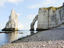 View of cliffs with arch on english channel beach Royalty Free Stock Photo