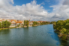 View of the Douro river crossing the city of Zamora Stock Photography