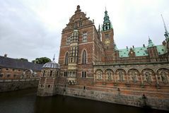 View on the enormous Frederiksborg palace Royalty Free Stock Photo