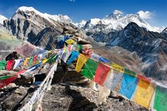 View of everest from gokyo ri with prayer flags Royalty Free Stock Photos