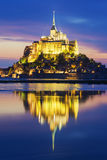 View of famous Mont-Saint-Michel by night Royalty Free Stock Photos