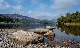 Free View From The Waters Edge Of Grasmere Lake In The Lake District, Cumbria Stock Photography - 197565962