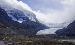 View from icefields parkway to the columbia icefield Stock Photo
