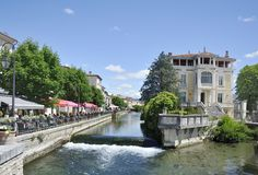 View at Isle-sur-la-Sorgue. With the river Sorgue and some restaurants Royalty Free Stock Photos