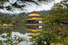 KYOTO, JAPAN. DEZ. 8th 2017. View of the Kinkaku Ji in Kyoto, Japan. Royalty Free Stock Photos