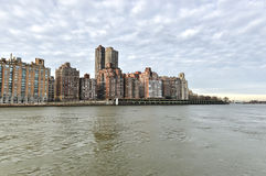 View of Manhattan from Roosevelt Island Royalty Free Stock Photos