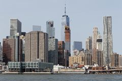 View of Manhattan skyline from the middle of East River Royalty Free Stock Photos