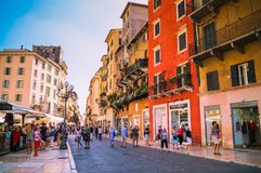 View of many tourists in the famous shopping street in Verona stock photography