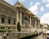 A view of the Metropolitan Museum of Art`s stairs and fountain. royalty free stock photos