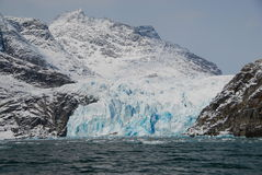 View of mountains and blue icebergs Royalty Free Stock Photos