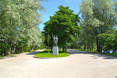 View Of A Sculpture Hi Sportswomen In The Moscow Victory Park. St. Petersburg Royalty Free Stock Images