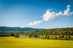 View Of Fields, The Shenandoah River, And Distant Mountains In T Stock Photos