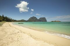 Free View Of Lord Howe Islands Turquoise Waters Near Lovers Beach, Lord Howe Island, Australia Royalty Free Stock Photos - 169053118