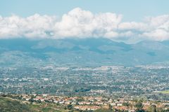 Free View Of Orange County And Mountains From Top Of The World In Laguna Beach, California Stock Photo - 147122730