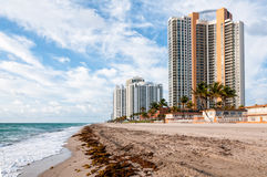Free View Of Sunny Isles Miami Beach In Florida At Morning Royalty Free Stock Image - 39298676