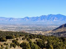 Free View Of The Salt Lake Valley And Wasatch Front Desert Mountains In Autumn Fall Hiking Rose Canyon Yellow Fork, Big Rock And Waterf Stock Photo - 101903490