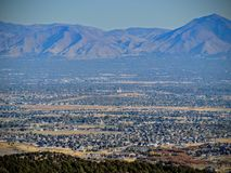 Free View Of The Salt Lake Valley And Wasatch Front Desert Mountains In Autumn Fall Hiking Rose Canyon Yellow Fork, Big Rock And Waterf Stock Photo - 101903710