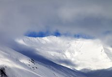 View on off-piste slope in mist Royalty Free Stock Photos