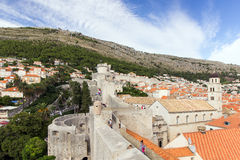 View of old town and Mount Srd in Dubrovnik Royalty Free Stock Photos