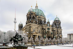Free View On Berlin Dom From Statue Of Old Museum Royalty Free Stock Photography - 83482097