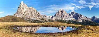 View from passo Giau, mountain lake, Dolomites mountains Stock Photography