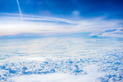 The View from the plane above the cloud and sky Royalty Free Stock Photos