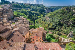 View of the red roofs and green valley in Sorano Stock Images