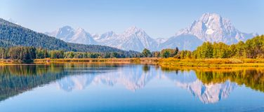 View and reflection of the Teton Range from Oxbow Bend on Snake royalty free stock images
