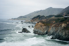 View of the rocky Pacific Coast on a cloudy day in Big Sur, Cali Royalty Free Stock Image